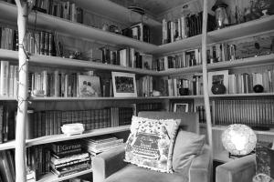 Urban Library © Gavin Joynt BW LR